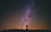 Bầu trời đêm đẹp như tranh thắng giải ảnh thiên văn học 2018