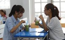 Cứ 5 người Sài Gòn có một người mua trà sữa?