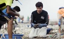 Người đàn ông dọn 9.000 tấn rác trên bãi biển Mumbai Ấn Độ
