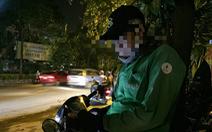 Xe ôm công nghệ: phập phồng chạy xe giữa đêm