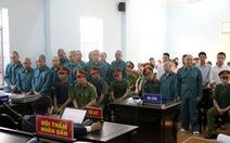 30 bị cáo gây rối, đốt phá trụ sở UBND Bình Thuận lãnh án tù