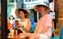 Khách du lịch Trung Quốc đến Việt Nam 10 tháng cao hơn cả năm trước