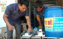 Người chế tạo máy nuôi tôm