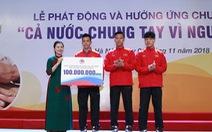 Đội tuyển bóng đá quốc gia ủng hộ 100 triệu đồng cho người nghèo