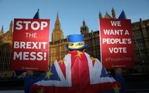 """Brexit bắt đầu tìm đường 'vượt vũ môn"""" Quốc hội Anh"""