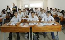 Chương trình tiếng Anh cao đẳng mới: nhà trường, sinh viên đều kêu khó