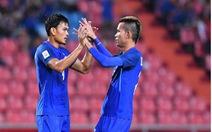 Clip cầu thủ Thái Lan ghi bàn từ chấm phạt góc