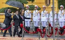 Thủ tướng Việt Nam đón Thủ tướng Nga tại Phủ Chủ tịch