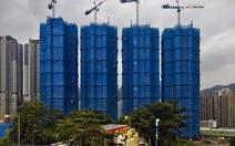 Những tòa nhà bọc 'kén' đầy mê hoặc của Hong Kong