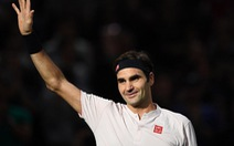 Đánh bại Fognini, Federer sẵn sàng trở thành 'Ông 100'