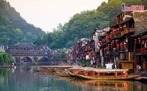 Tour Phượng Hoàng cổ trấn bay thẳng, từ 11,99 triệu đồng