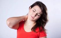 Điều trị căng đau vai gáy