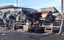 Video Khoảnh khắc chiếc xe bồn bốc cháy