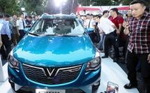 Xe VinFast cạnh tranh bằng giá hay chất lượng?
