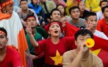 TP.HCM hủy phát ngoài trời trận Việt Nam - Campuchia vì bão số 9