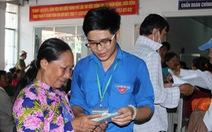 Đội tình nguyện viên 9X chăm sóc bệnh nhân ở Cần Thơ