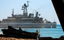 Ukraine tố tàu tuần duyên Nga đâm tàu kéo trên Biển Đen