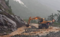 Sạt lở nguy hiểm trên đèo Khánh Lê nối Nha Trang – Đà Lạt