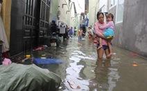 Cả xóm trọ ở Thảo Điền xin nghỉ việc vì nhà ngập nặng