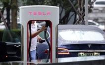 Tesla giảm 70% doanh số ở Trung Quốc vì chiến tranh thương mại?