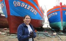 Người đàn bà đóng tàu đi biển