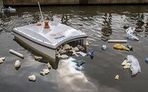 Trình làng cá mập 'săn' rác thải nhựa