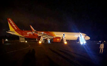 Máy bay Vietjet gặp sự cố khi hạ cánh