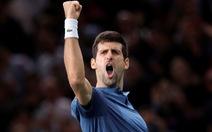 Djokovic thắng nghẹt thở Federer ở bán kết Paris Masters
