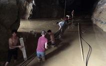 Bắt chủ nhóm đào vàng trái phép vụ 2 người kẹt trong hang
