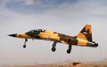 Iran tập trận bằng vũ khí tự làm