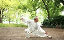 Phòng tránh tai nạn té ngã ở người cao tuổi