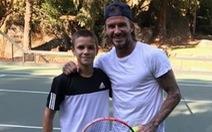 'Quý tử' Romeo được đầu tư thành 'Beckham quần vợt'