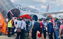 Máy bay đi TP.HCM quay đầu cấp cứu nữ hành khách... uống nhiều cà phê