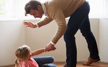 Cảnh báo trẻ tổn thương não, muốn tự tử vì cha mẹ đánh mắng