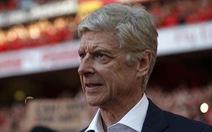 HLV Wenger sắp 'cập bến' AC Milan