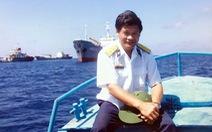 Một đời gắn bó với tàu và biển