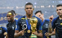 Mbappe tự tin sẽ vượt Messi và Ronaldo giành Quả bóng vàng 2018