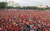 Nghệ An lắp màn hình 'khủng' tiếp lửa đội tuyển Việt Nam