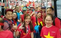 Cổ động viên Việt rần rần 'đổ bộ' Malaysia