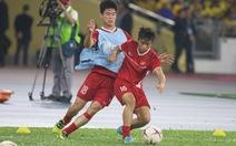 Malaysia - Việt Nam (19h45): Đức Chinh, Huy Hùng đá chính