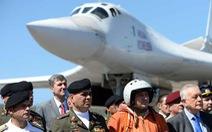 Nga điều máy bay ném bom đến Venezuela