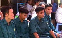Tiếc thương dân quân trẻ thiệt mạng khi cứu cầu trong lũ ở Bình Định