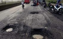 Làm rõ tai nạn chết người vì sụp 'ổ voi' trên quốc lộ 1