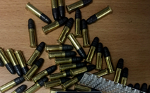 Xe khách chở hơn 20.000 viên đạn khi nhập cảnh