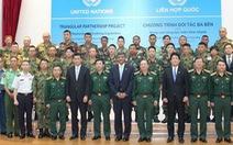 16 quân nhân quốc tế hoàn thành khóa học về công binh tại Việt Nam.