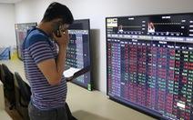Chứng khoán tháng 12 chứng kiến cú bốc hơi tỉ USD đầu tiên