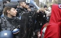 Cảnh sát Pháp cũng đòi biểu tình