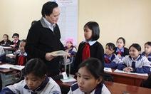 Bộ trưởng Phùng Xuân Nhạ: Thi giáo viên giỏi chỉ là diễn, tôi không đồng ý!