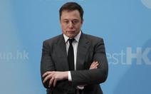 Tesla mất giám đốc kinh doanh vào tay Airbnb