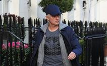 HLV Mourinho 'xin' báo chí Anh 'hai chữ bình yên'